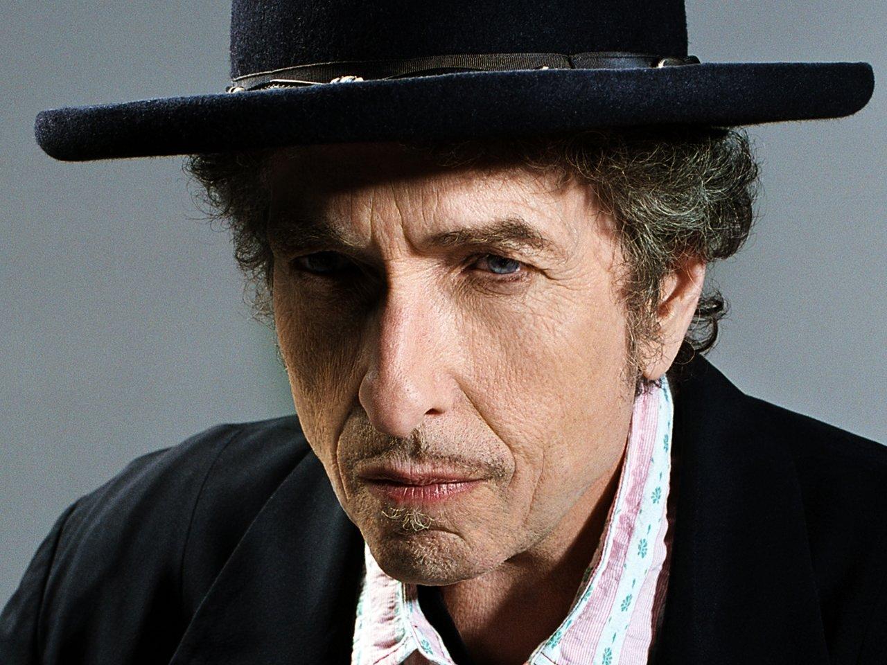 """""""עומד בצל""""- אלקנה כהן על האלבום החדש של בוב דילן"""